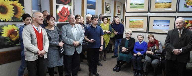 """Wernisaż fotograficzny corocznej wystawy """"Fotorefleksje 2019″"""